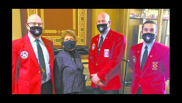 IFA board members Brix, Barrick and Clemons with Senator Ragan from Mason City.